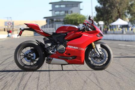 2013-exotic-superbike-track-shootout-IMG_8893