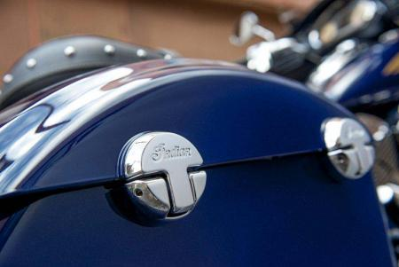 2014-indian-Chieftain Saddlebag Detail 1
