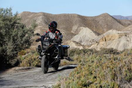 100713-2014-bmw-r1200gs-adventure-010