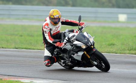 2014_Aprilia_Tuono_V4R_ABS_launch_Tor (8)