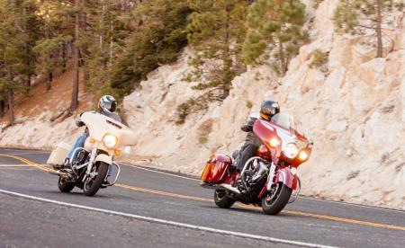 2014-Harley-Davidson-Street-Glide-Special-vs-Indian-Chieftain-IMG_0220