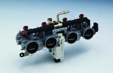 zr1000a throttle bodies02