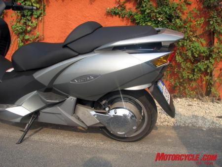 07 vectrix electric scooter 0025