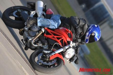 2009 ducati monster 696 gi24203