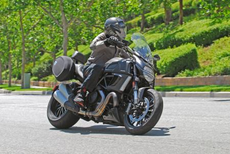 2013 ducati diavel strada pictures, photos and images