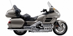 2006_Honda_GoldWing_AudioComfort.jpg