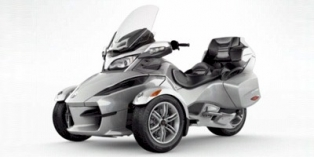 2010_Can-AM_Spyder_RoadsterRT.jpg