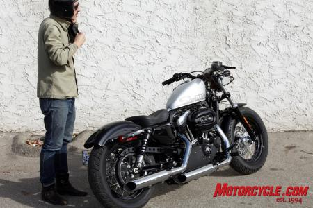 2010-harley-davidson-forty-eight-09