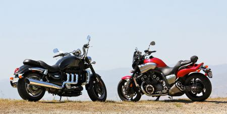 Triumph Rocket III Roadster vs Star VMax IMG_0649