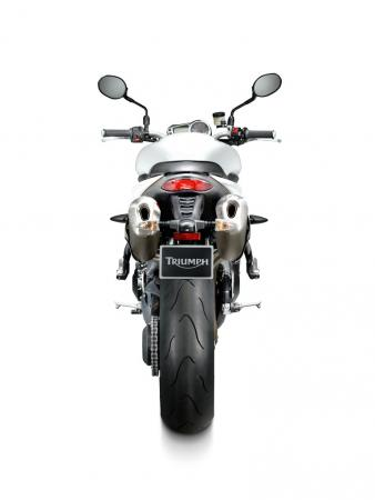 100510-2011-triumph-speed-triple-studio03