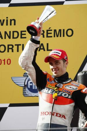 110110-2010-motogp-estoril-30.jpg
