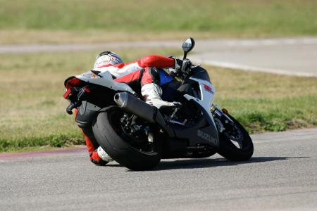 2011 Middleweight Sportbike Shootout - Track 025