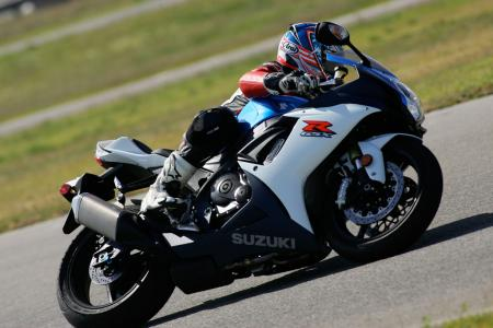 2011 Middleweight Sportbike Shootout - Track 027