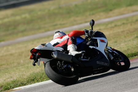 2011 Middleweight Sportbike Shootout - Track 029