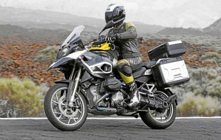 2013 BMW R1250GS Action Left