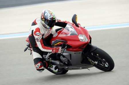 021012-2012-mv-agusta-f3-right-turning-09