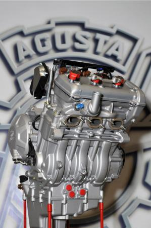 021012-2012-mv-agusta-f3-triple-engine-11