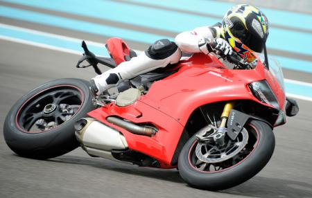2012 Ducati 1199 Panigale Action