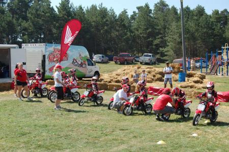 mo-beginner-csbk-mosport-honda-off-road-lessons-15