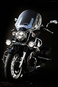 2013-moto-guzzi-california-1400-touring-front-lighting-01