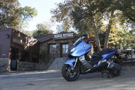 2013-bmw-c600-sport-36-static-left