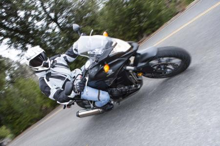 9293-Honda_CB500X-Action-EBrasfield