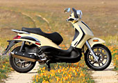 2009 piaggio bv500 scooter review - motorcycle