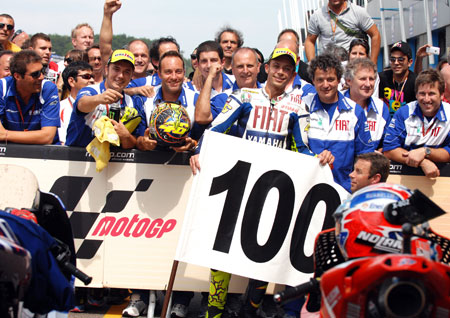 Valentino Rossi earned career Grand Prix victory 100 at the Assen TT.