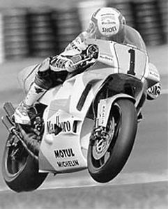 Lawson on the Yamaha 500cc GP bike.