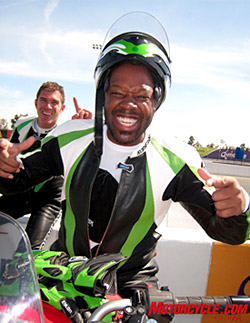 Actor Kadeem Hardison was perhaps the best story at the Kawi trackday at Infineon. His wild-eyed enthusiasm was contagious for everyone. We think he was even happier at the track than knowing that his current movie is #2 at the box office.