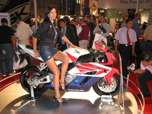 And the trophy goes to..... the CBR 1000.
