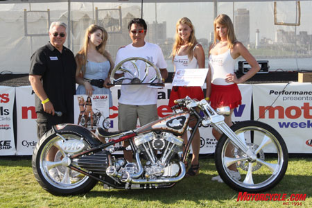 Kenji Nagal of Kens-factory.com leapt from the 2008 1st place pro builder prize to the 2009 Best of Show with his EFI Panhead titled the One Eyed King.