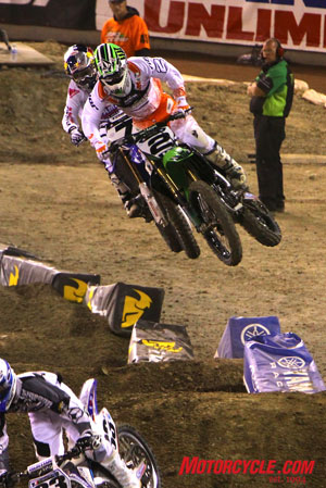 Villapoto (2) put up a great race against Stewart (7) to finish a personal best in the AMA Supercross main event.