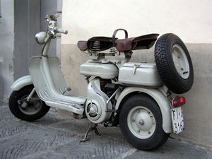Surprisingly, I see more vintage Italian scooters in the USA than I did in Italy. I did spot this tasty old Lambretta.