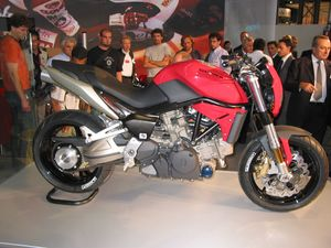The Gilera Ferro 850 with auto slash manual gearbox.