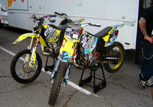 The Red Bull TNT Freestyle Motocross performers performed on Suzuki RM250s.