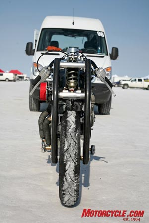 The thin frontal profile of the suspension arms should slice through the air quite efficiently.