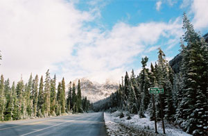 View along the Cascade Loop, near Rainy Pass. (Photo courtesy Washington State Tourism)
