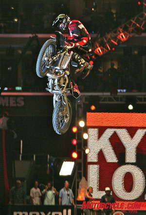 Kyle Loza'a body varial air, titled the Volt, brings him Gold in the Moto X Best Trick competition.