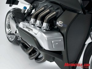 The protruding cylinder heads of the big flat-Six motor give the bike a unique look, further enhanced by the visual balance of the intake pipes entering the top of each head, and the exhaust pipes exiting below.
