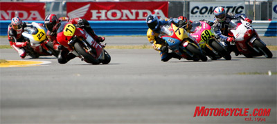 The SunTrust Moto-ST series kicked off on Sunday at Daytona International Speedway with riders completing 109 laps around the track for more than three hours of team endurance racing.