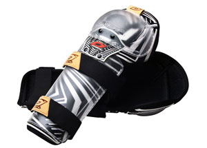 2011 O'NEAL PRO 3 KNEE GUARDS - BLACK/WHITE