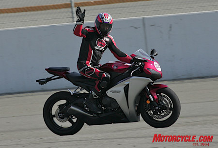 """Hi, I'm a trackday addict!"""