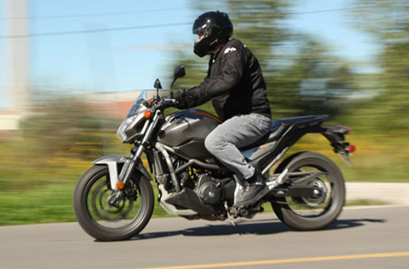2013 Honda NC700S Action Left