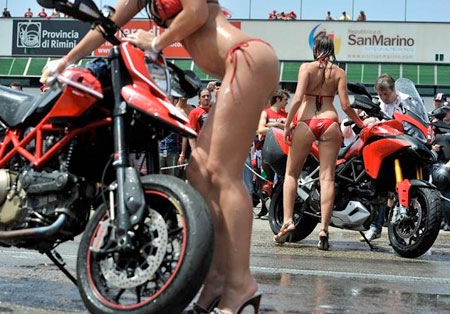 Motorcycle Tire Wash