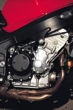 "The Speed Four's motor is housed in the same twin-spar aluminum frame as the TT600. The naked bike's motor gets a few tweaks to ""re-tune"" it for mid-range performance, however."
