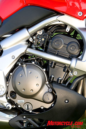 Ultra-compact parallel-Twin from the Ninja 650 has been retuned for use in the multipurpose Versys.