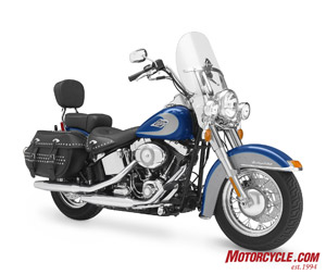 2009 Heritage Classic gets a wider pillion seat and backrest, updated trim pieces and new paint, to name a few things that keep this classic looking like a classic.