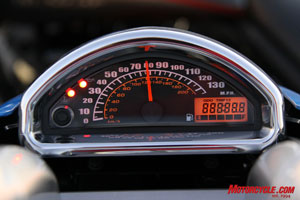 Suzuki chose not to include a tachometer on the M90, sticking instead with this stylish speedometer and basic indicator lights nestled on the tank console.