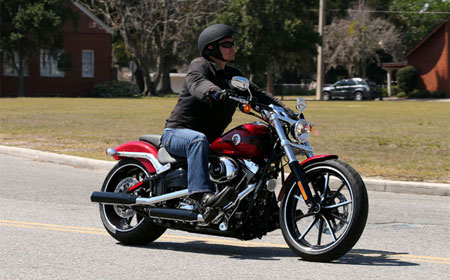 2013 harley-davidson fxsb breakout review - motorcycle
